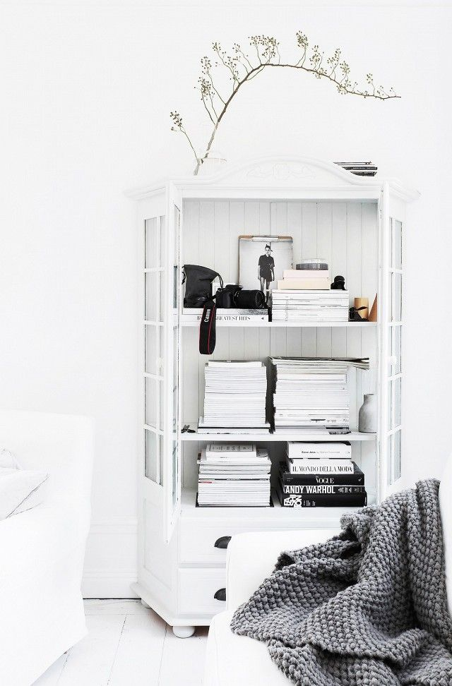 Minimize Clutter to Create the Feeling of Space