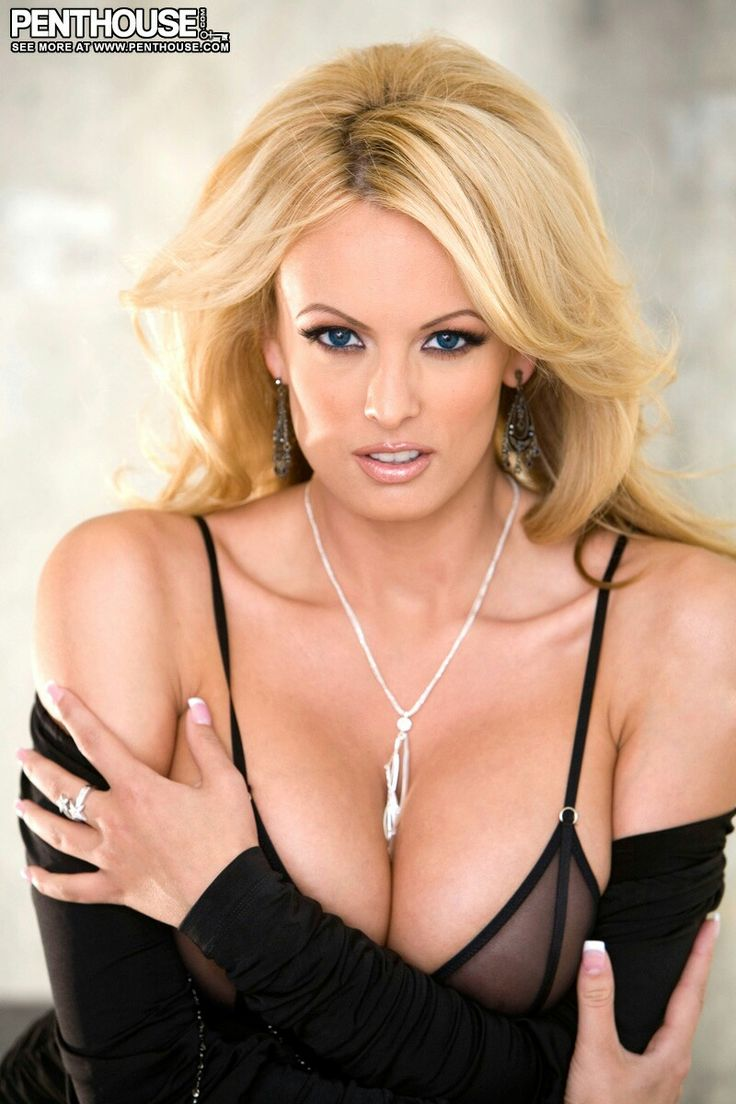 sexy-nude-porn-pics-of-stormy-daniels