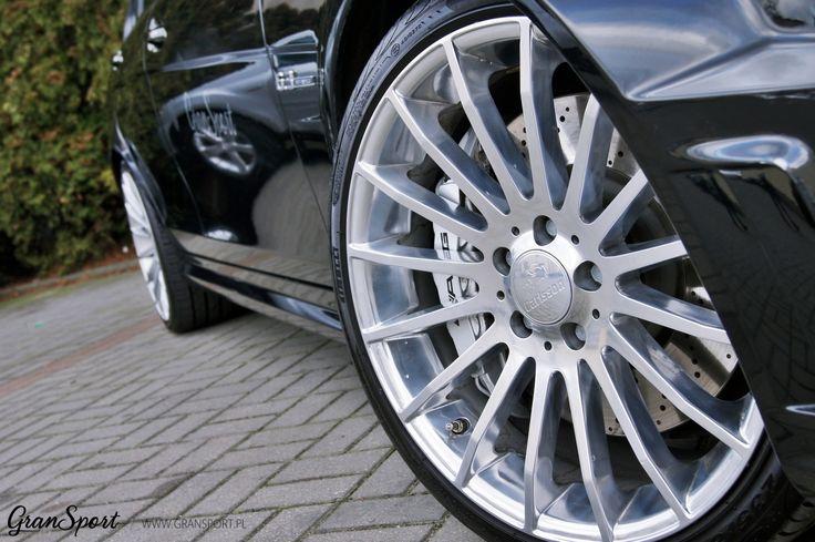 Choć ma już spory staż na rynku, Mercedes C 63 AMG (W204) nadal uważany jest za jedno z najlepszych dzieł, jakie stworzył dział AMG. Potężny, ponad 6 litrowy silnik V8 w małym sedanie dostarcza niesamowitych wrażeń. My podjęliśmy się małego udoskonalenia ikony.  Więcej informacji przeczytacie na naszym blogu: http://gransport.pl/blog/realizacja-mercedes-benz-63-amg/  GranSport - Luxury Tuning & Concierge