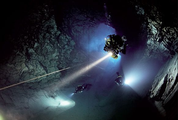 cave diving in molnar janos cave, budapest, hungary