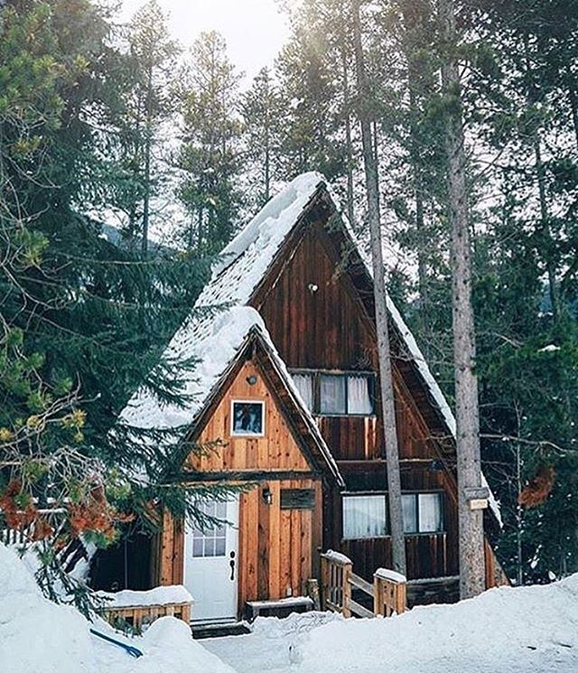 Looks like a cute version of the witch house from Hansel & Gretel: Panorama Mountain Resort.
