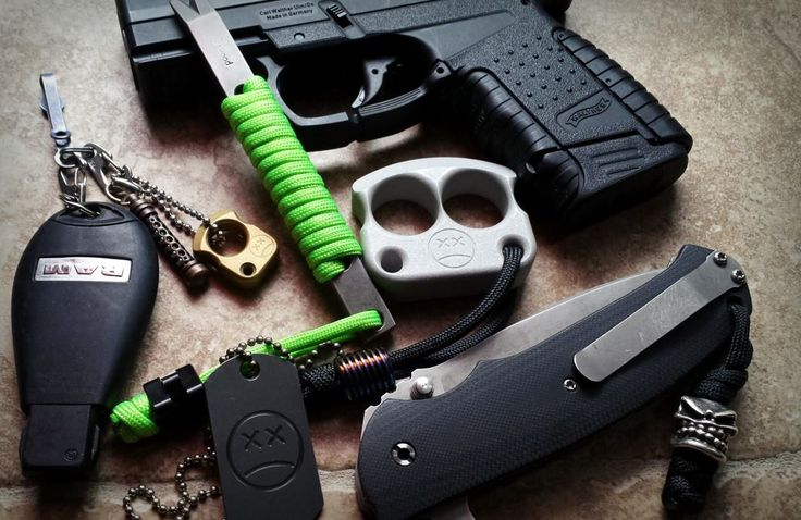 Everyday Cutlery - gear-pics: EDC found on Facebook. Ps: I love...