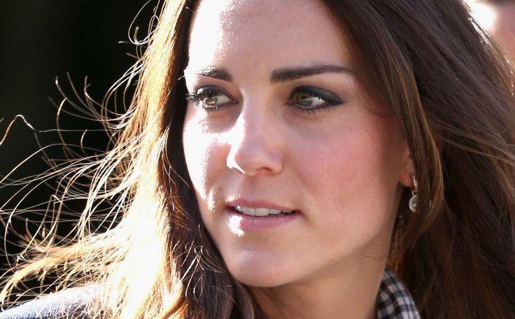 Gemopper in Engeland, want waar is hertogin Kate? #whereiskate #royalty >>