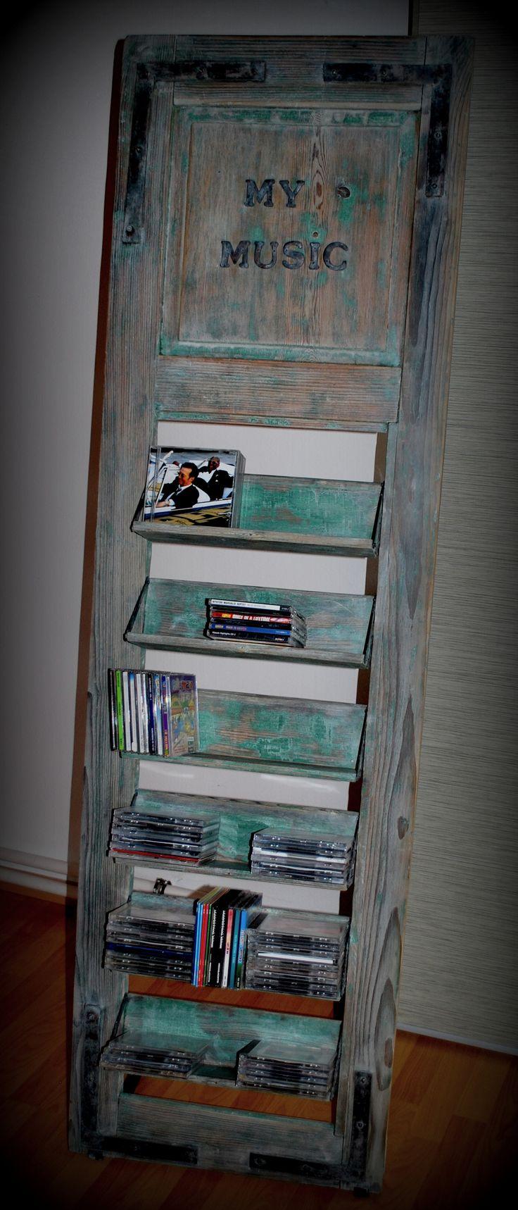 CD-Ständer aus altem Holzladen