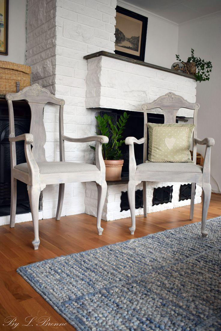 Makeover of two antique French-style chairs