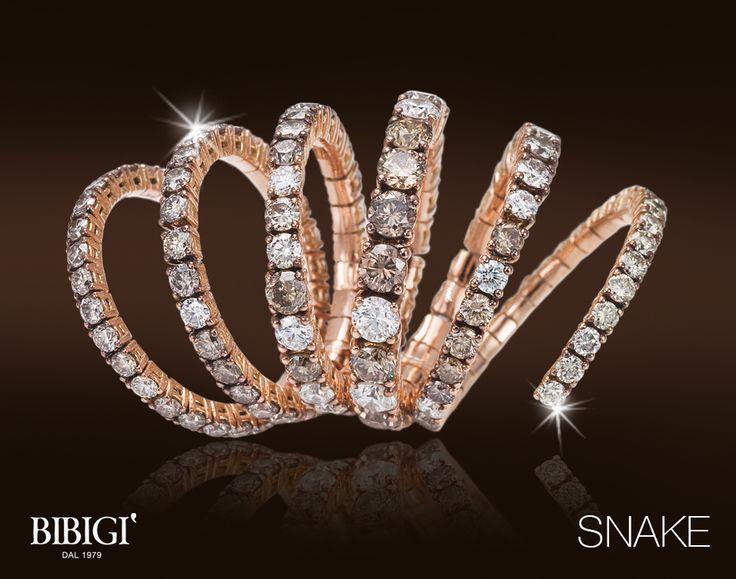 Anello / Ring - Sinuosi e brillanti avvolgono dita e polsi. Sono gli anelli e i bracciali della collezione Snake di Bibigì, gioielli a forma di serpente in oro bianco, giallo e rosa impreziositi da diamanti bianchi, brown e rubini.
