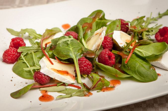 Raspberry Vinaigrette for Salad – click the image for the whole recipe!