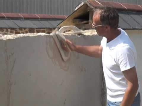 How to apply the layers of Lime Plaster over interior Cob base walls for a smooth finish (using a Venetian Trowel with rounded corners and chamfored edges...