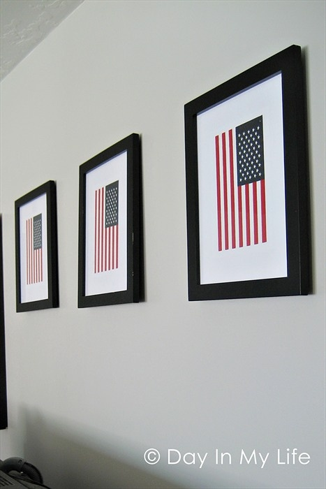 Easy to make -- get 8x10 frames and flags and tape them to a white paper background then into the frames.: Paper Backgrounds, Flags Frames, Creative Ideas, Flags Art, White Paper, 4Th Of July, Cool Ideas, 8X10 Frames, Birthday Ideas