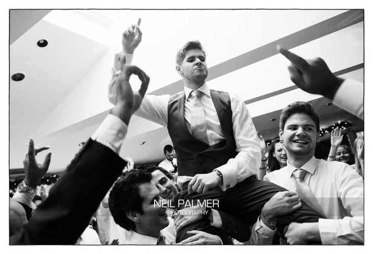 Monkey Island Hotel Wedding. Evening reception dancing #weddingdancing