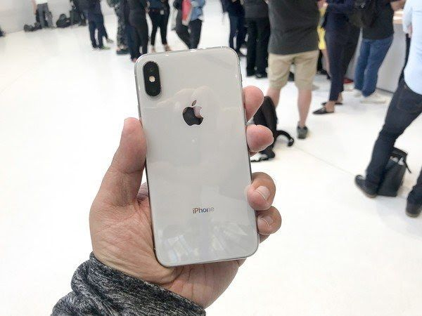How To Reboot Reset Or Enter Dfu Mode On Iphone 8 And Model X Reset Techniques Tesla Motors Club Tesla Tip How To Reset The Iphone Iphone Upgrade Apple Uk