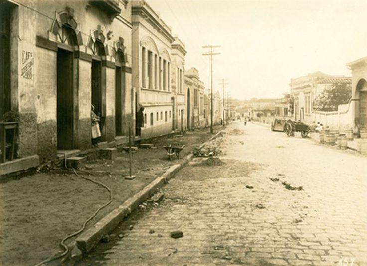 25-07-1922 - Rua São Domingos no bairro de Bela Vista (Bexiga). Foto de autoria de Domício Pacheco.