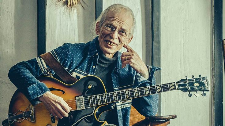 The Prog Interview: Steve Howe on Chris Squire and The Future Of Yes - Feature - Photo Guy Harrop