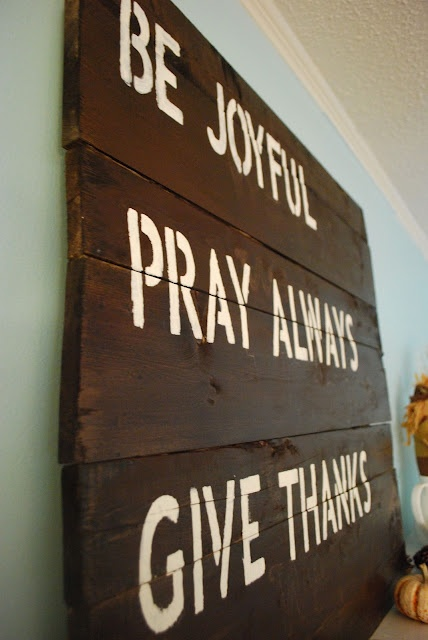DIY Wood Pallet Art!
