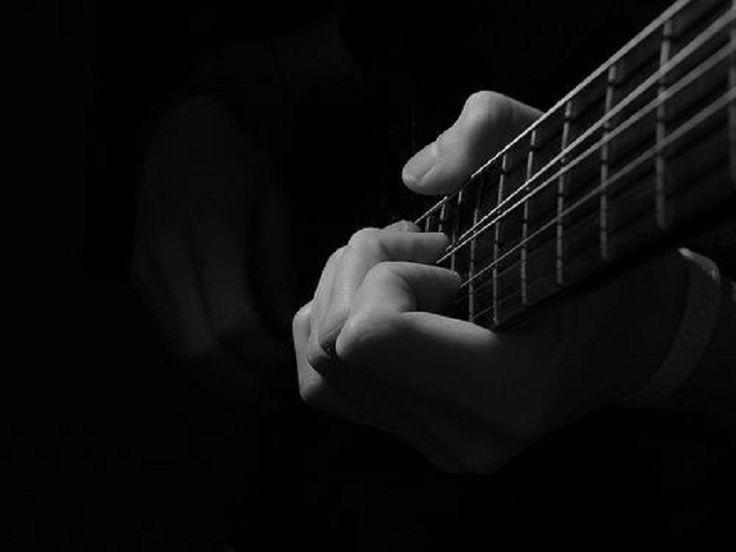 Entre os dias 8 e 10 de agosto, o Conservatório Alberto Nepomuceno recebe o Festival Mestres da Guitarra 2013, evento que reúne guitarristas locais e de todo o Brasil, estudantes e professores do instrumento, para a exibição de shows.