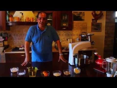 La vera ricetta originale della pasta brioche Siciliana, eseguita da moltissime maestranze dell'isola. Versatile, morbidissima e buonissima si sposa benissimo con tanti ingredienti. Si possono realizzare calzoni imbottiti di ogni sorta di ingredienti, le ravazzate imbottite di ragu', le pizzette, i rollò di wurstel, le iris fritte e al forno ripiene di crema di ricotta, le ciambelle fritte e tanto altro ancora