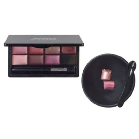Lipstick Palette Kit - this is the absolute coolest think! Never throw a half empty lipstick tube away again. Save it for your own homemade lip palette -cut off or dig out leftovers with scoop provided - a stainless is best though and use bowl that comes iwth to microwave for a 45 seconds and then pour into palette square! Hardens within an hour. Amazon has them for 13.00!!!