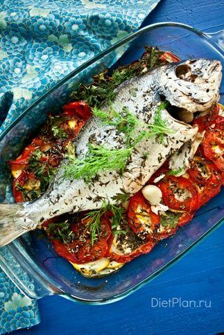 Сибас, запеченный на овощной подушке | Диетические низкокалорийные рецепты - блюда правильного питания на Dietplan.ru