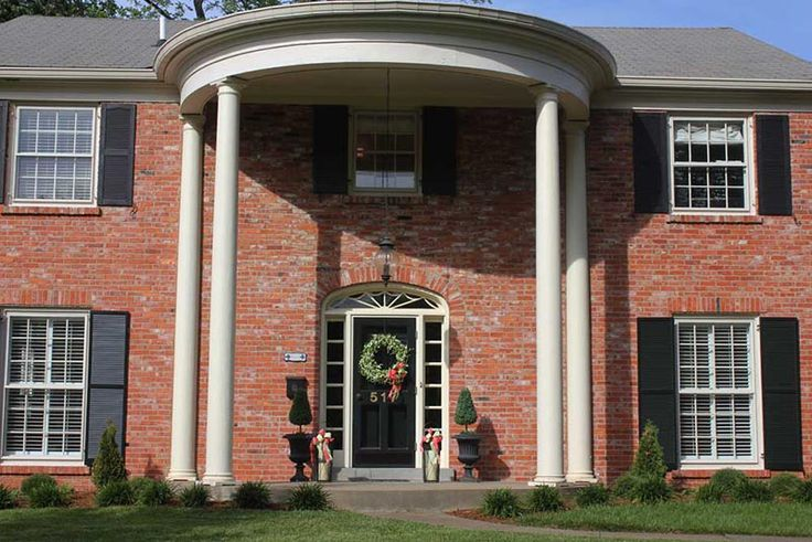 Perfectly located Louisville, Kentucky home for rent Derby weekend 2017. Visit Derby Home Rental! #kyderby #kentucky #derby #louisville