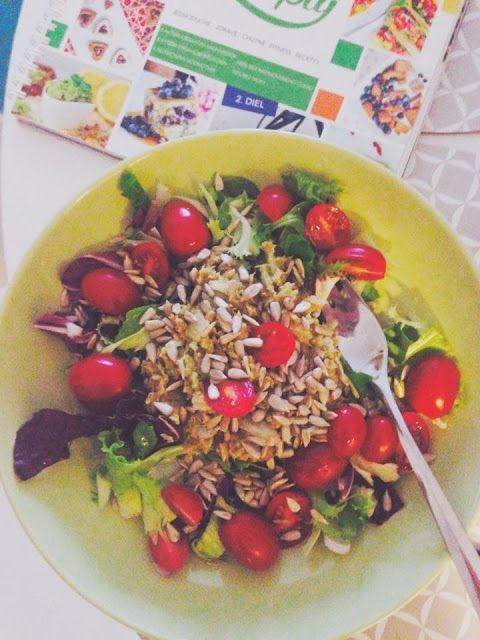 EAT TRAVEL LIVE LOVE: Tuniakový šalát   Niečo chutné, zdravé a ľahké na...