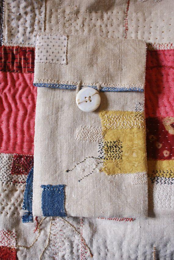 Pouch for glasses in antique linen, handsewn boro/sashiko/kantha