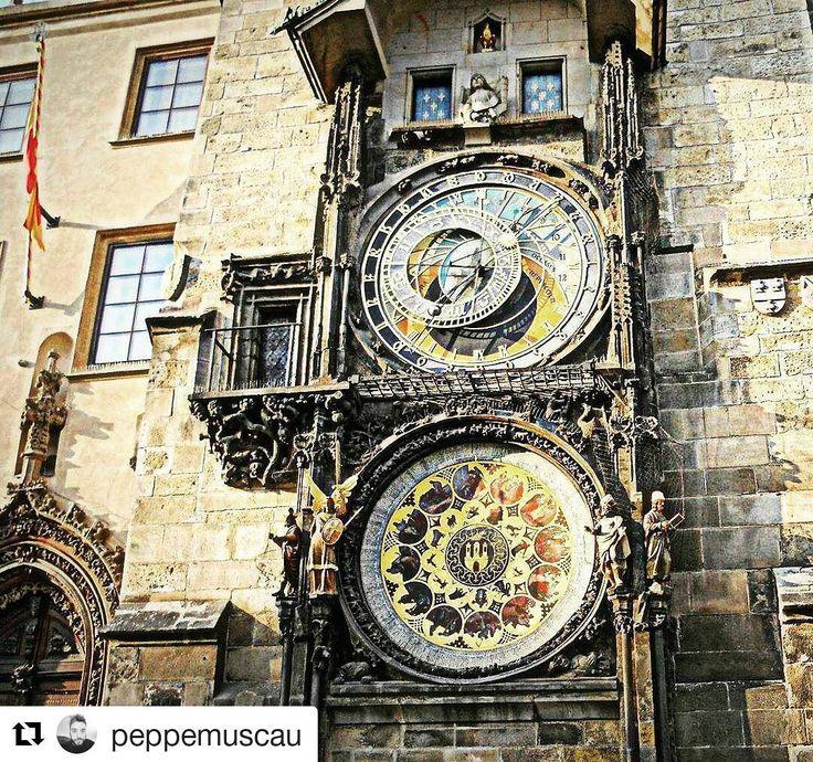 #Repost @peppemuscau in Prague  #memories 2012 #praha #staroměstskýorloj #love #travel #instatravel #instagram #instaphoto #photooftheday #photography #life #city #czechrepublic #followme #likeforlike #f #tourist