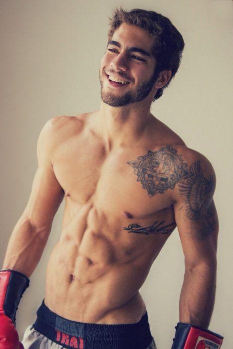 24 Razones por las que salir con un hombre con tatuajes es lo mejor