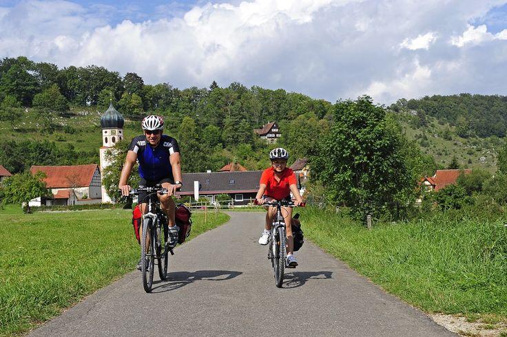 Neues Angebot für E-Bike-Fahrer im Biosphärenpark Schwäbische Alb: Leihräder inklusive Navigationsgeräte im E-Mobiltätszentrum Münsingen