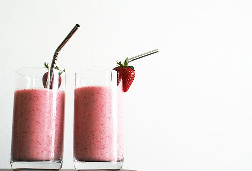 strawberry and coconut lassi via Lottie + Doof