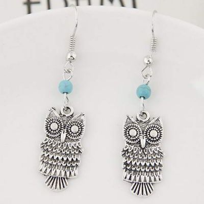 Bead Owl  Silver Color+blue,Simple and must have it! REPIN if you agree.  Only 10.5 IDR