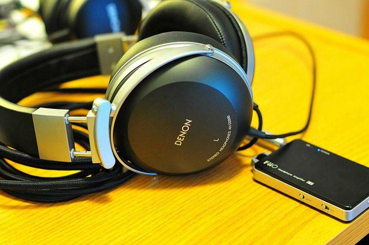 Denon D2000 + Fiio E11 - http://earth66.com/audio-video/denon-d2000-fiio-e11/