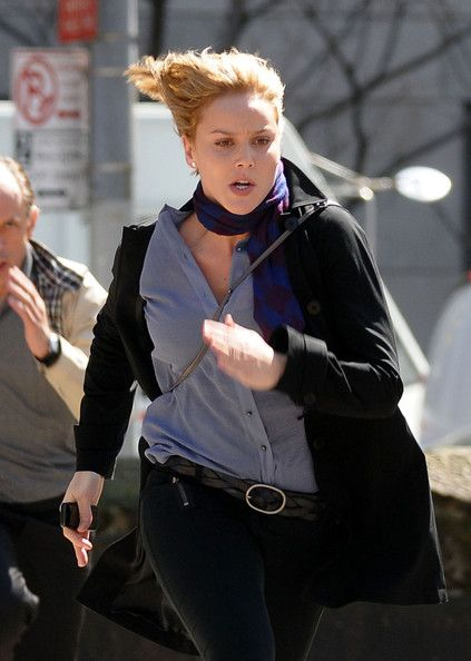 Engaging Abbie Cornish ...  Beautiful celebrities...   She starred alongside Woody Harrelson and Colin Farrell in Seven Psychopaths released in 2012.