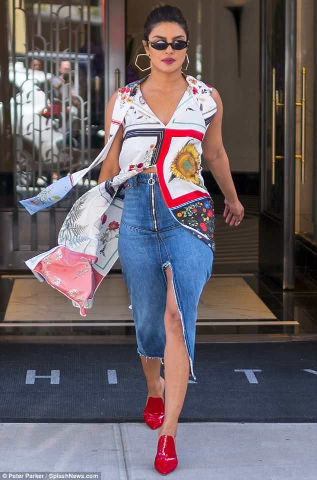 572ad5184d8 Walk this way  Priyanka Chopra stepped out in New York in head-turning style  as she went about her day on Tuesday