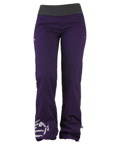 A great favourite, E9 Gianna Story women's climbing pants. Nicely fitted over the hips but looser over the lower leg these cotton trousers have lots of stretch