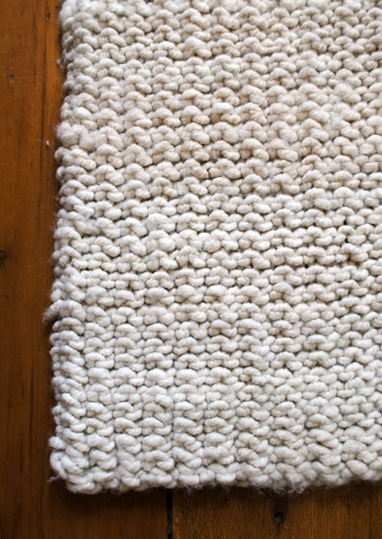 big stitch knit rug  http://www.purlbee.com/big-stitch-knit-rug/