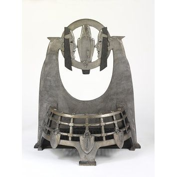 The Melchett Fire Basket, cast iron, by C.S. Jagger, 1930. l Victoria and Albert Museum
