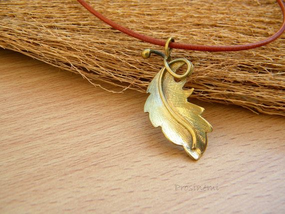 Fall leaf pendant bronze necklace nature necklace by prosinemi, €30.00