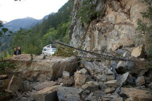 RV Earthquake Safety, learn what to do when you're traveling.