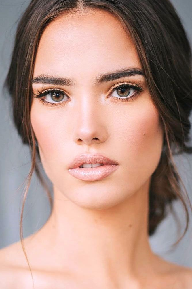7 French Makeup Tips To Look Parisian Pretty In 2020 French Makeup Wedding Makeup Tips Eyeliner