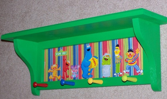 Sesame Street shelf with pegs. could I make this?