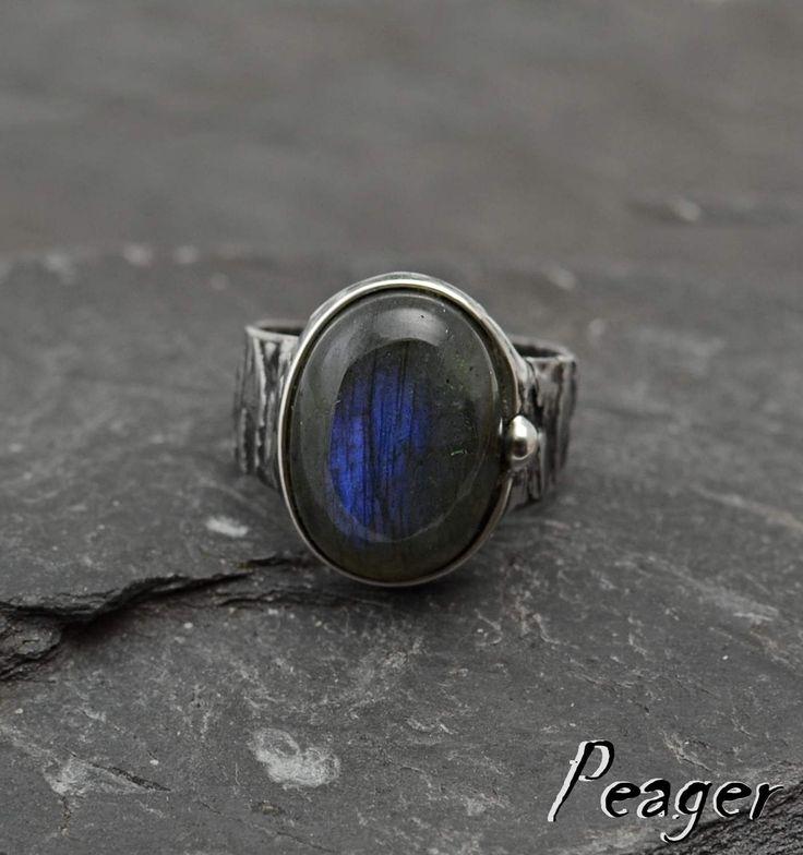 Labradorite ring,statement ring,Blue stone,Women Ring,chakra stone ring,metalwork ring,Valentine's Day,unisex ring,men ring,Adjustable by PeagerFantasyWorld on Etsy