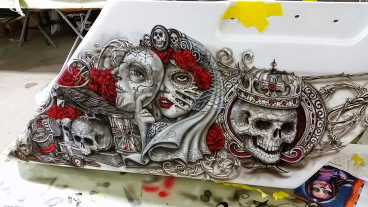 Awesome day of the dead theme on a 2014 Harley Dacidson Sreet Glide