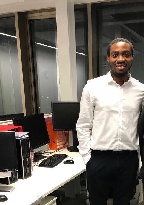 24-year-old Nigerian PhD Holder Who Has Become The Youngest Lecturer At a UK University http://ift.tt/2j8Bb4J