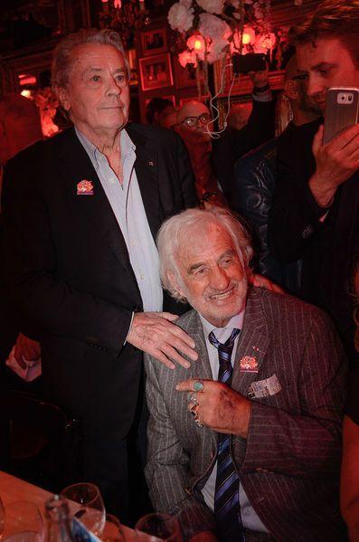 Delon, Belmondo… Les stars au rendez-vous pour les 85 ans de Michou