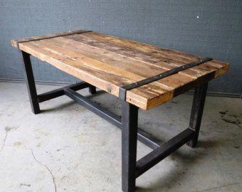 Chic industriel récupéré 6-8 places en bois massif et métal