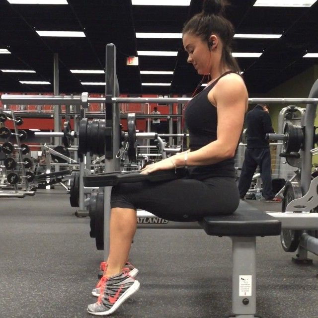 Stability Ball Leg Raises: 53 Best MEDICINE BALL WORKOUTS Images On Pinterest