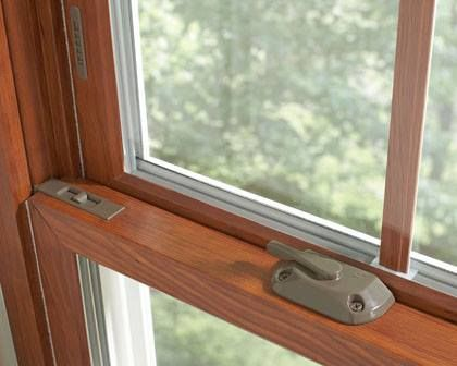 Did you know double-hung windows are an American architectural tradition dating back to the early 1700's? Today they're still the most popular window style and configuration. BlackBerry's double-hung replacement windows have many great features: Durable Welded Vinyl or Extruded Wood/Clad Construction Easy to Clean Tilt-in Sashes Energy Star Energy Saving Low-E/Argon Glass Packages..