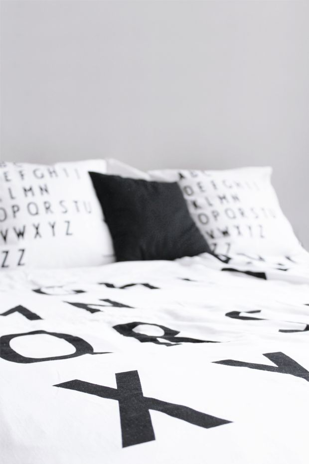 MA MAISON BLANCHE - typography bedroom with Design Letters