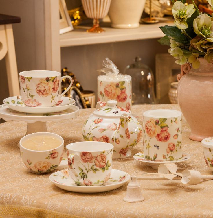Rosa Cups only @ Chic Ville