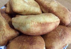 Calzoni fritti Bimby, un impasto che non si rompe durante la frittura, da farcire come più vi piace, sia dolce che salato! Ingredienti per 15 calzoni: ...